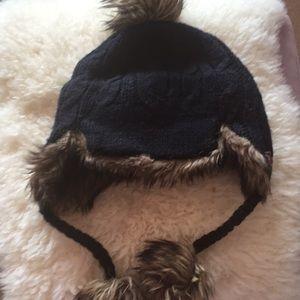 Hollister navy fur  hat